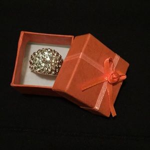 Ring clear CZ cluster with focal center Sz 10